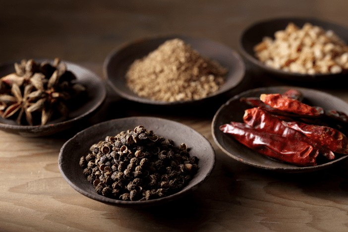 獨門醬汁紅油拌炒花椒